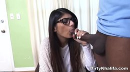 Mia Khalifa loves black cocks in mouth